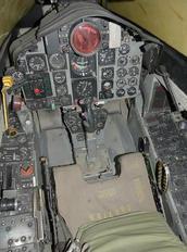 - - Simulator McDonnell Douglas RF-4C Phantom II