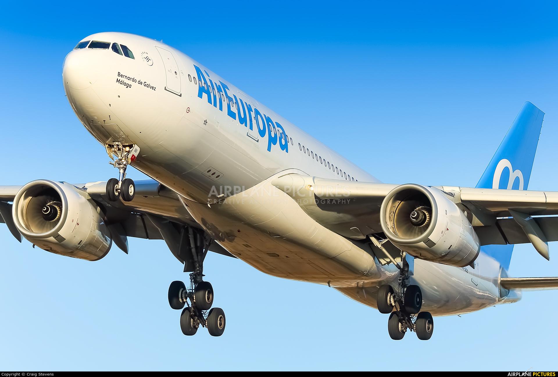 Air Europa EC-LQO aircraft at Barcelona - El Prat