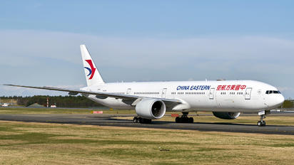B-2005 - China Eastern Airlines Boeing 777-300ER