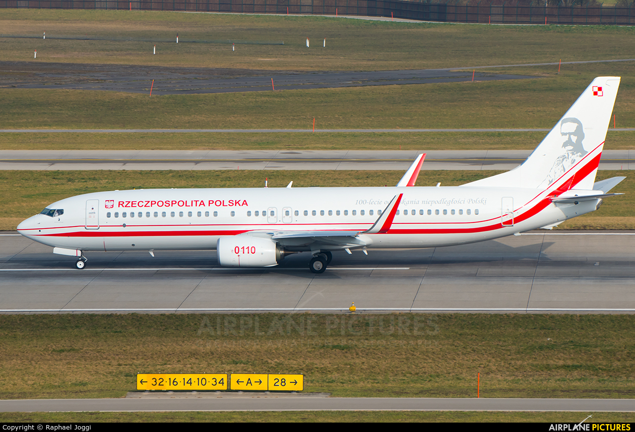 Poland - Air Force 0110 aircraft at Zurich