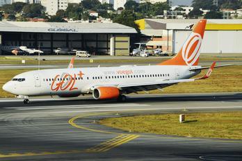 PR-GUN - GOL Transportes Aéreos  Boeing 737-800