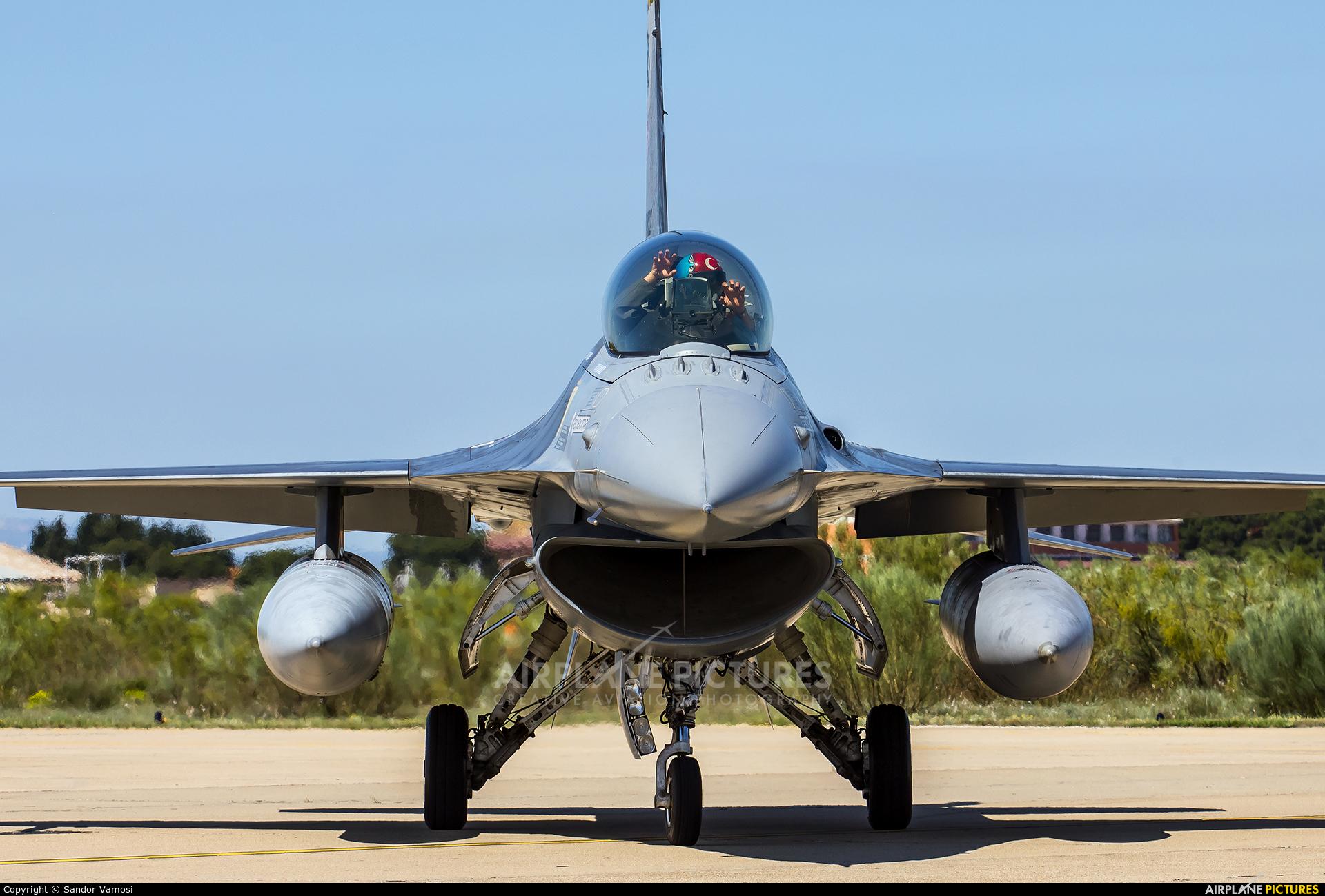 Turkey - Air Force 91-0022 aircraft at Zaragoza