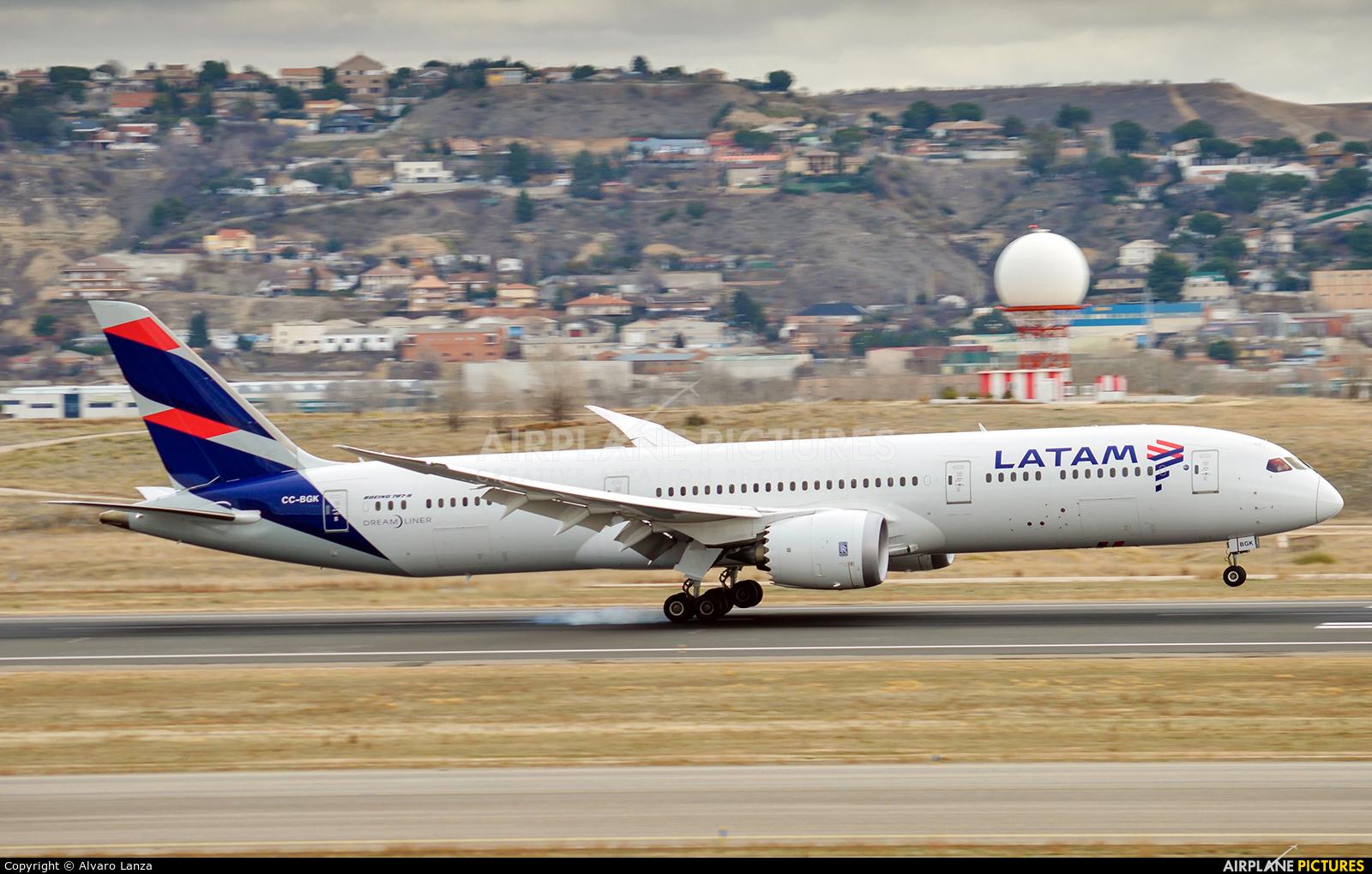 LATAM CC-BGK aircraft at Madrid - Barajas