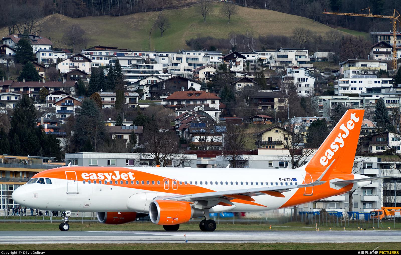 easyJet G-EZPI aircraft at Innsbruck