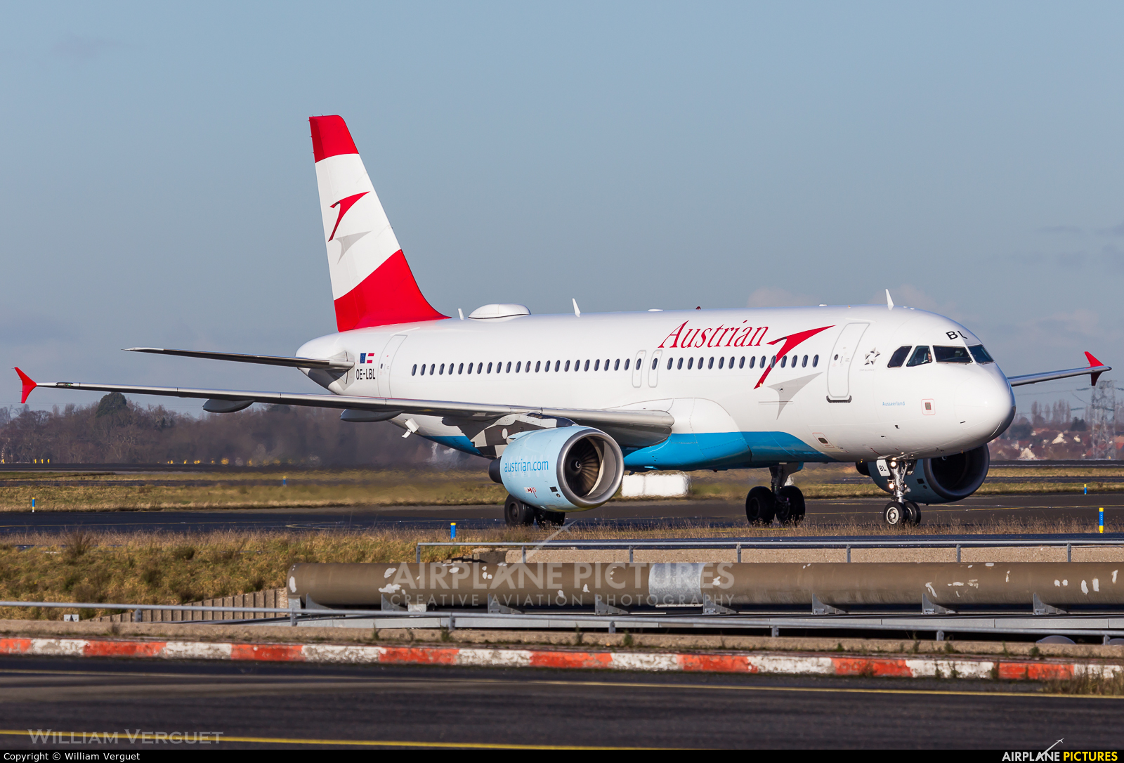 Austrian Airlines/Arrows/Tyrolean OE-LBL aircraft at Paris - Charles de Gaulle