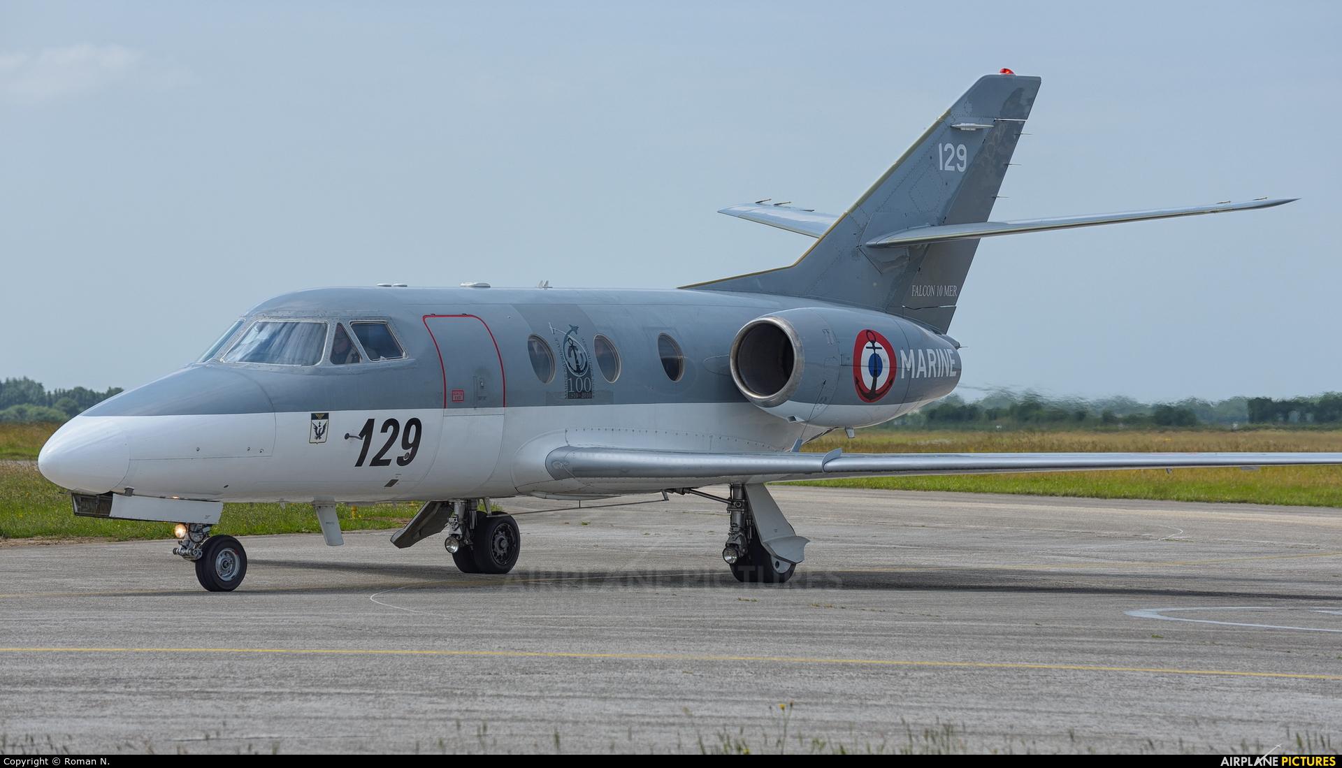 France - Navy 129 aircraft at Landivisiau