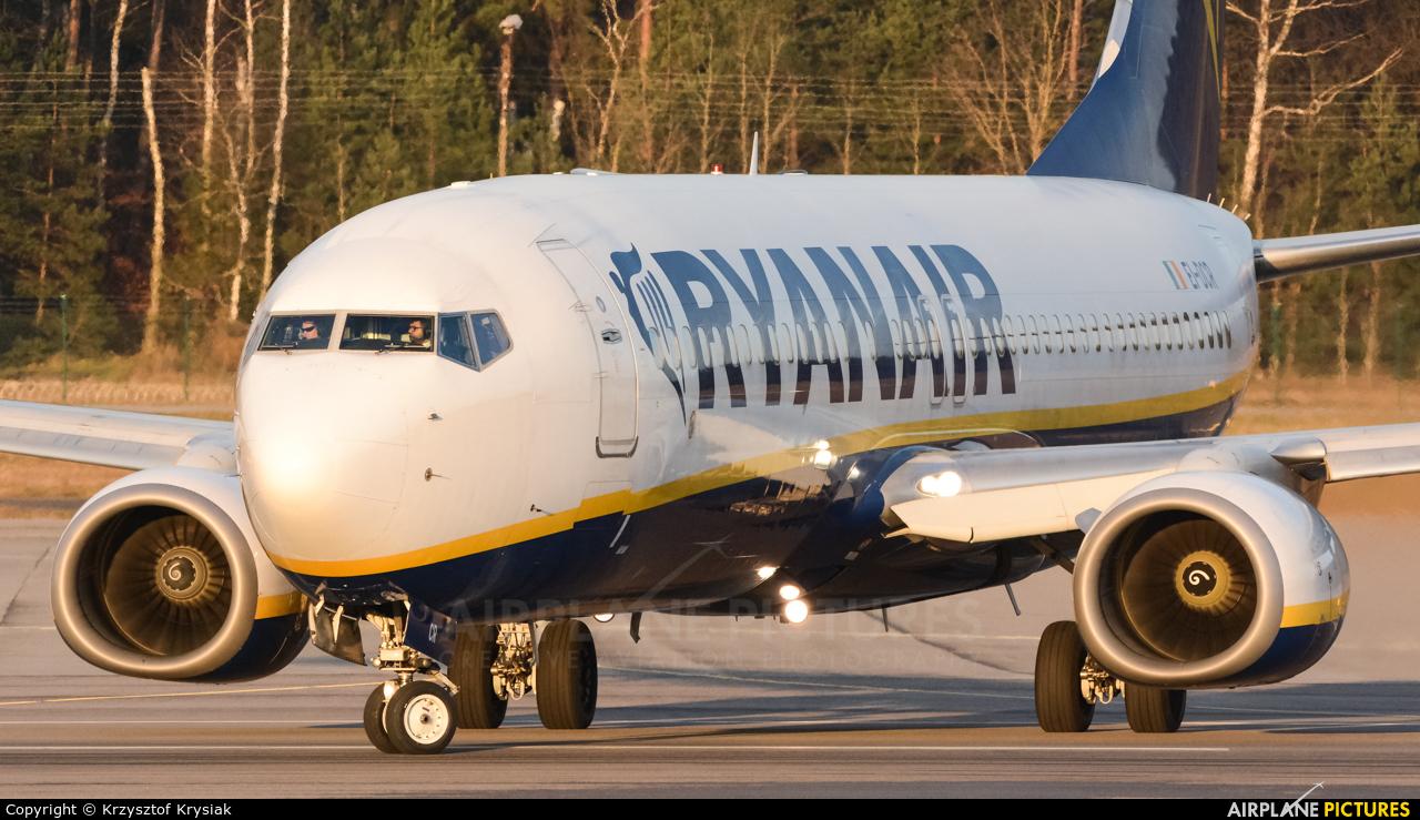 Ryanair EI-DCR aircraft at Gdańsk - Lech Wałęsa