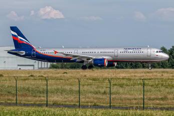 VQ-BEE - Aeroflot Airbus A321