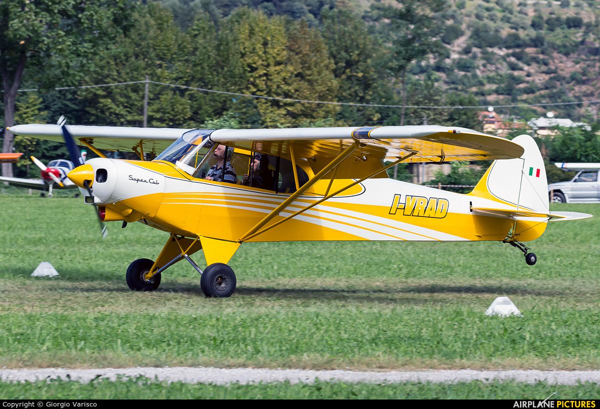 Private I-VRAD aircraft at Costa Volpino