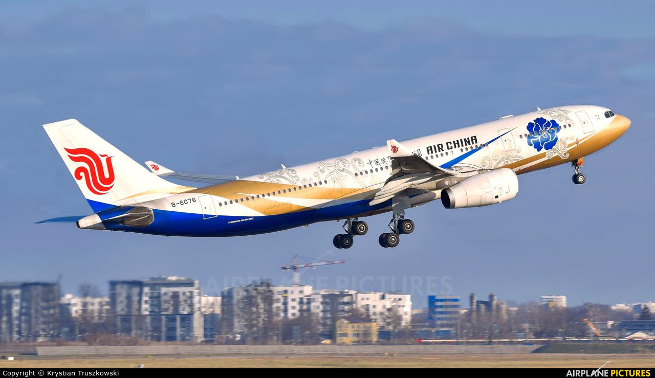 Air China B-6076 aircraft at Warsaw - Frederic Chopin