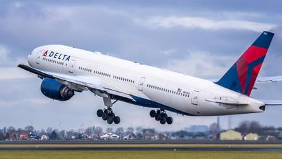 N861DA - Delta Air Lines Boeing 777-200ER