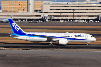 JA810A - ANA - All Nippon Airways Boeing 787-8 Dreamliner