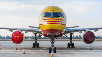 G-BMRF - DHL Cargo Boeing 757-200F