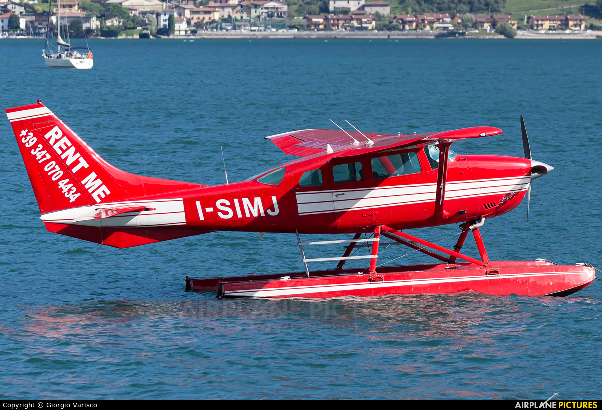 Private I-SIMJ aircraft at Off Airport - Italy