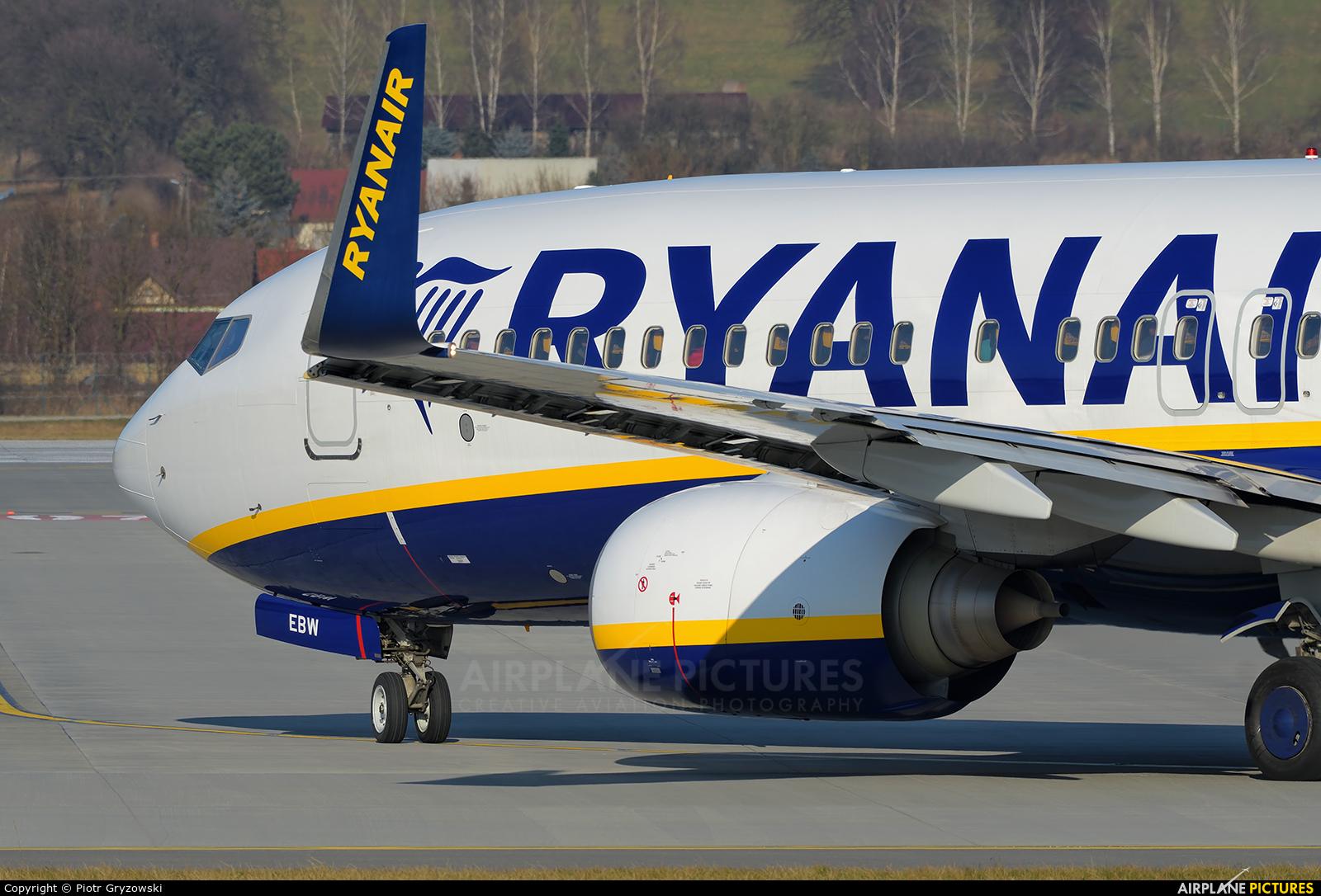 Ryanair EI-EBW aircraft at Kraków - John Paul II Intl