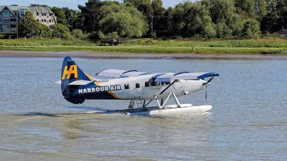C-FHAS - Harbour Air de Havilland Canada DHC-3 Otter