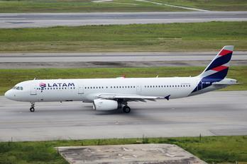 PT-MXD - LATAM Airbus A321