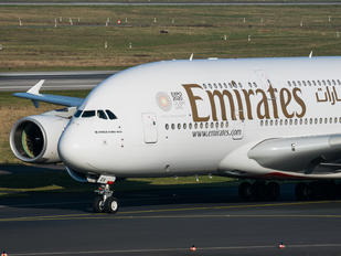 A6-EOV - Emirates Airlines Airbus A380