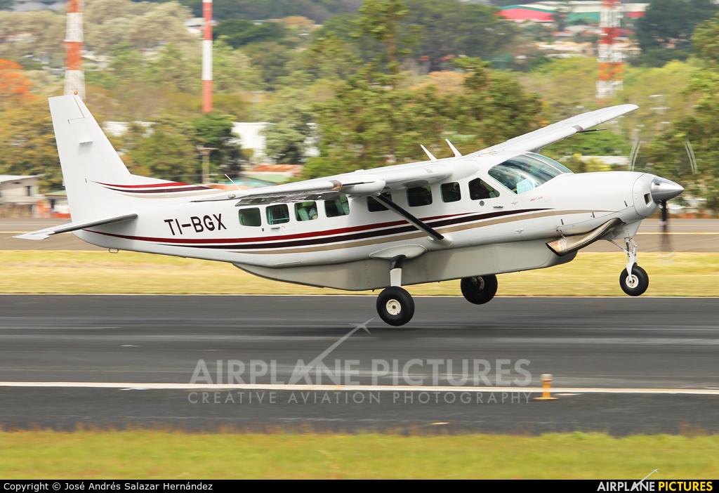 Prestige Wings TI-BGX aircraft at San Jose - Juan Santamaría Intl