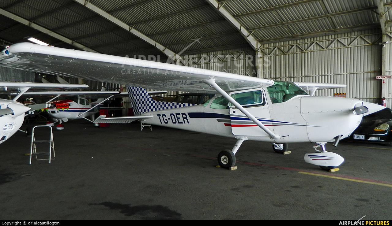 Private TG-DER aircraft at Guatemala - La Aurora