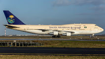 Saudi Arabia Royal Flight 747-300 visited Paris title=