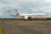 Mexican Gov B787 Dreamliner arrived to Asuncion title=