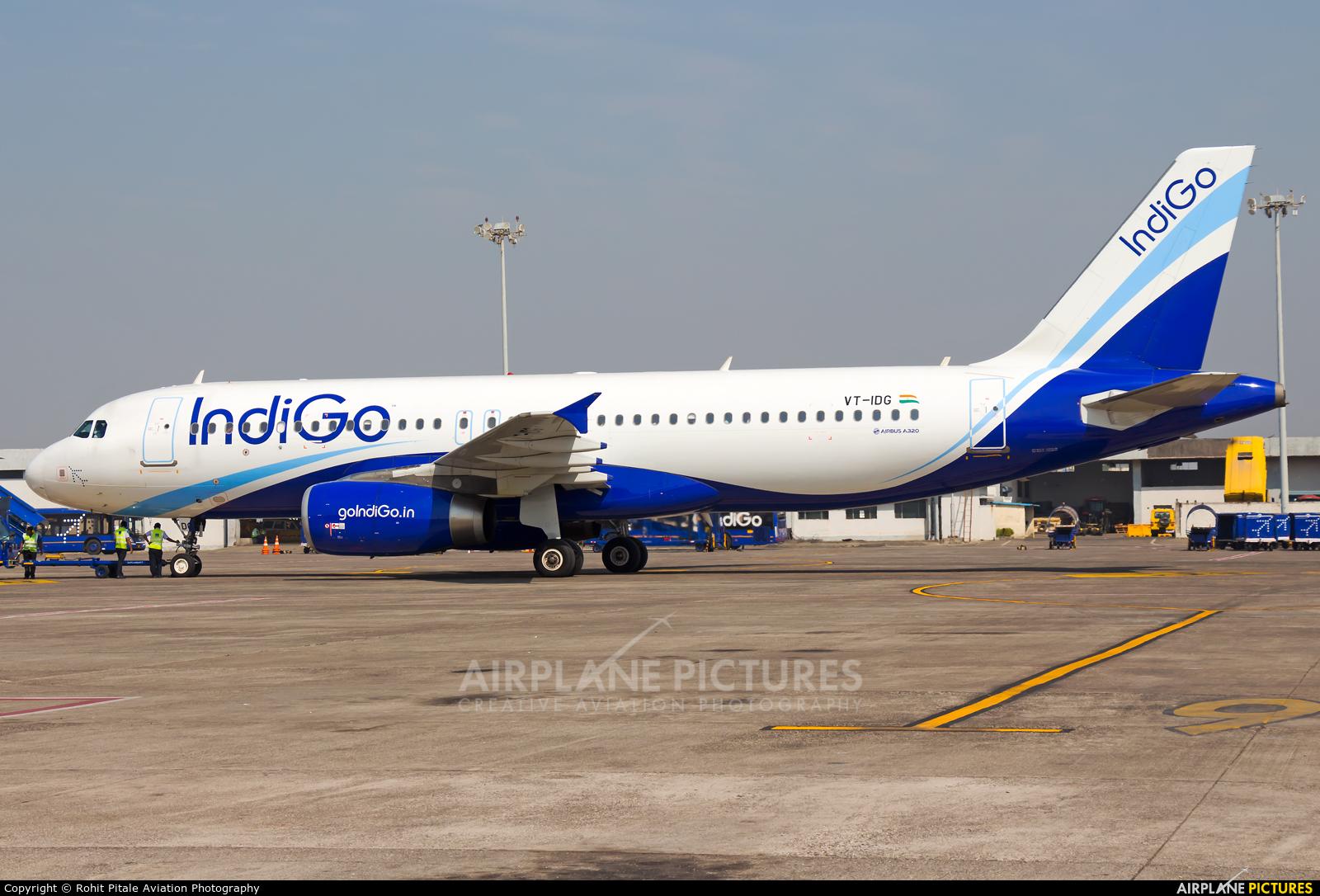 IndiGo VT-IDG aircraft at Mumbai - Chhatrapati Shivaji Intl