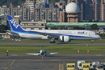 JA835A - ANA - All Nippon Airways Boeing 787-8 Dreamliner