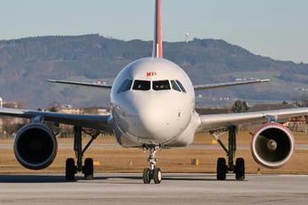 G-EZWP - easyJet Airbus A320