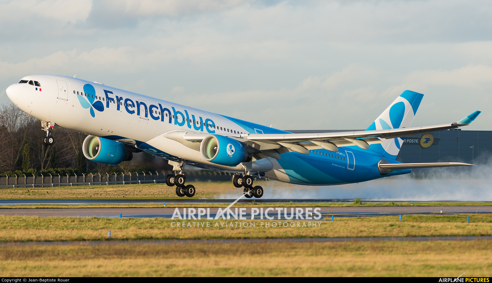 French Blue F-HPUJ aircraft at Paris - Orly