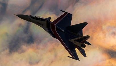 "37 - Russia - Air Force ""Russian Knights"" Sukhoi Su-30SM"