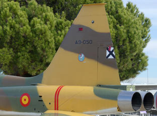 A.9-050 - Spain - Air Force CASA-Northrop  SF-5B(M) Freedom Fighter