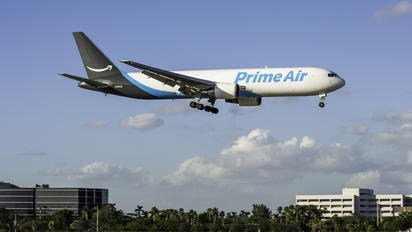 N1229A - Amazon Prime Air Boeing 767-300ER