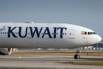 9K-AOI - Kuwait Airways Boeing 777-300ER