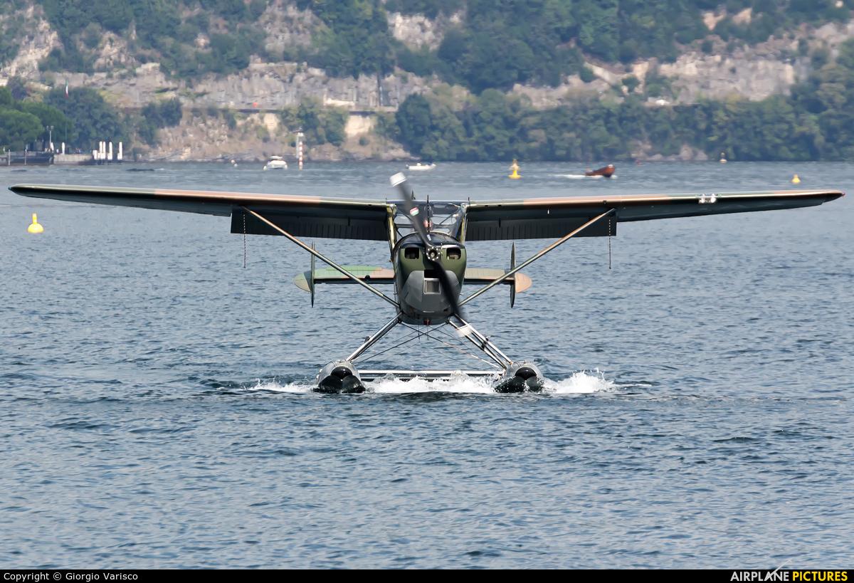 Private I-EIAX aircraft at Como Idroscalo