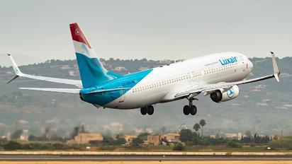 LX-LBA - Luxair Boeing 737-800