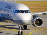 D-AIDD - Lufthansa Airbus A321 aircraft