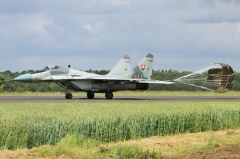 3911 - Slovakia -  Air Force Sukhoi Su-22M-4