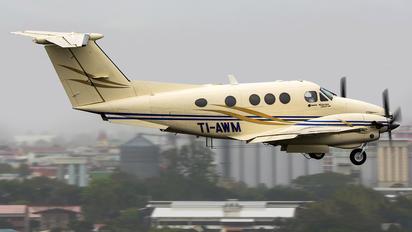 TI-AWM - Private Beechcraft 90 King Air