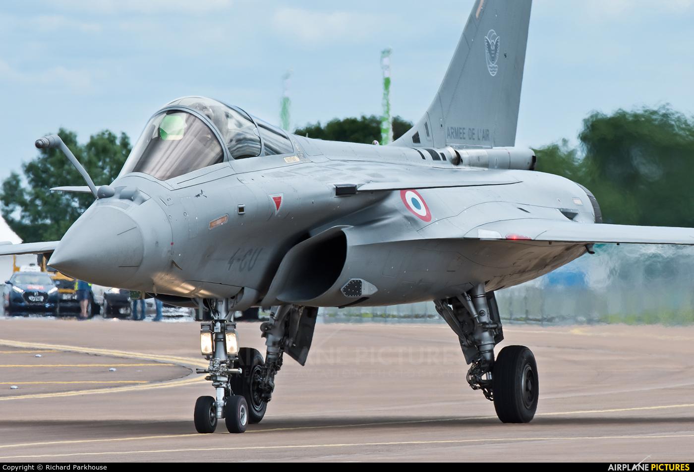 France - Air Force 4-GU aircraft at Fairford