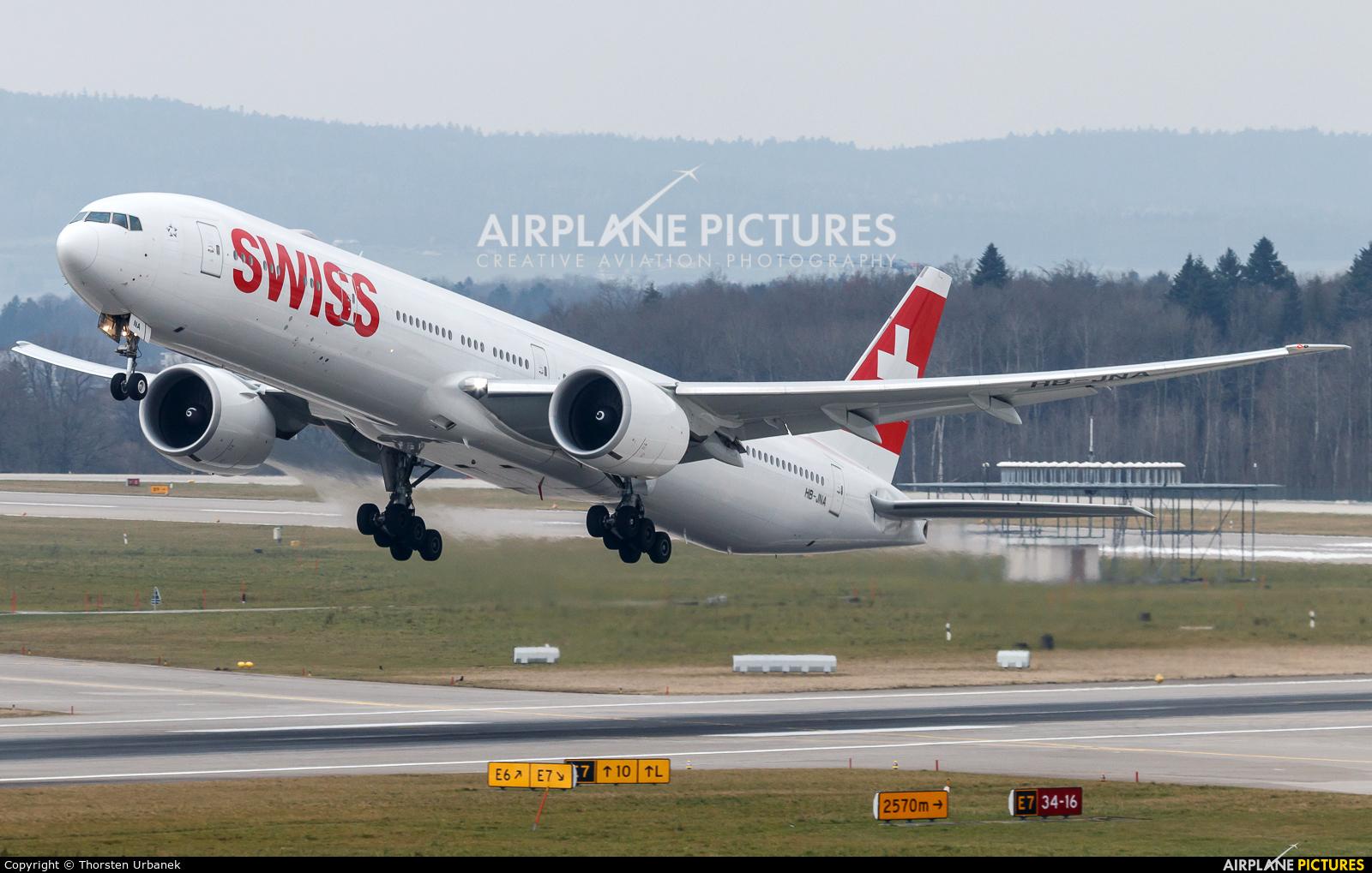 Swiss HB-JNA aircraft at Zurich