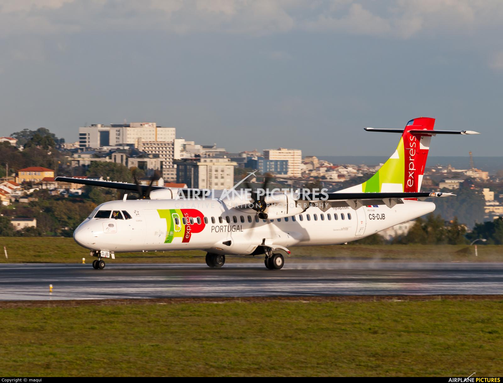 TAP Express CS-DJB aircraft at La Coruña
