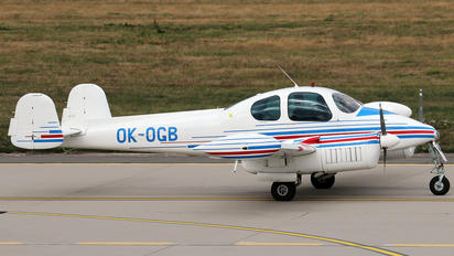 OK-OGB - Civil Aviation Authority LET L-200 Morava