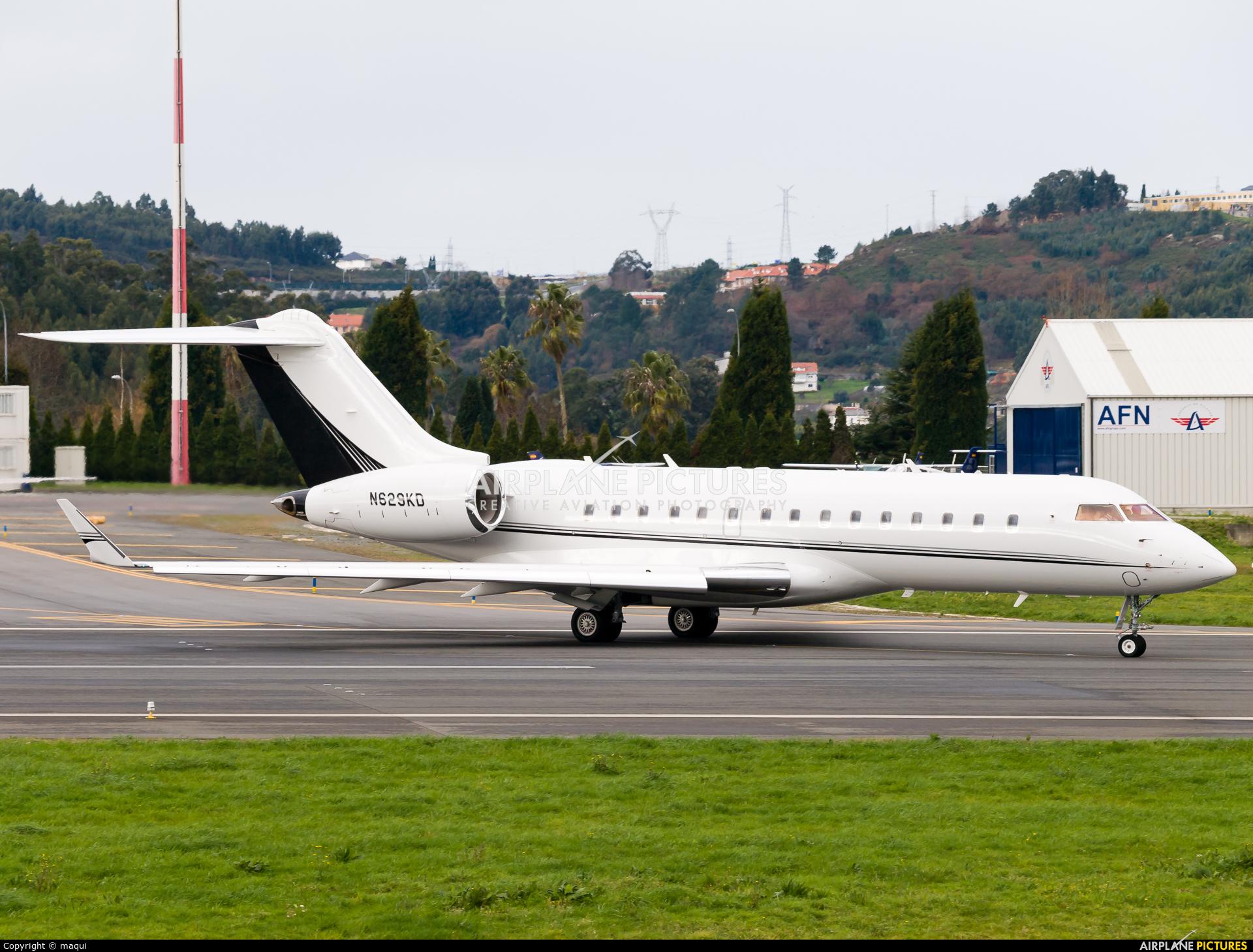 Private N629KD aircraft at La Coruña