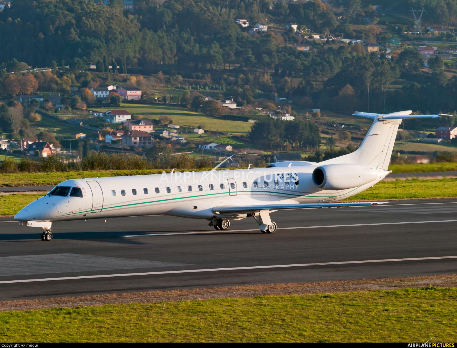 Private S5-ACJ aircraft at La Coruña