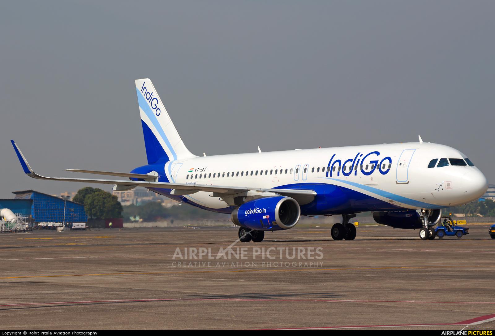 IndiGo VT-IAX aircraft at Mumbai - Chhatrapati Shivaji Intl