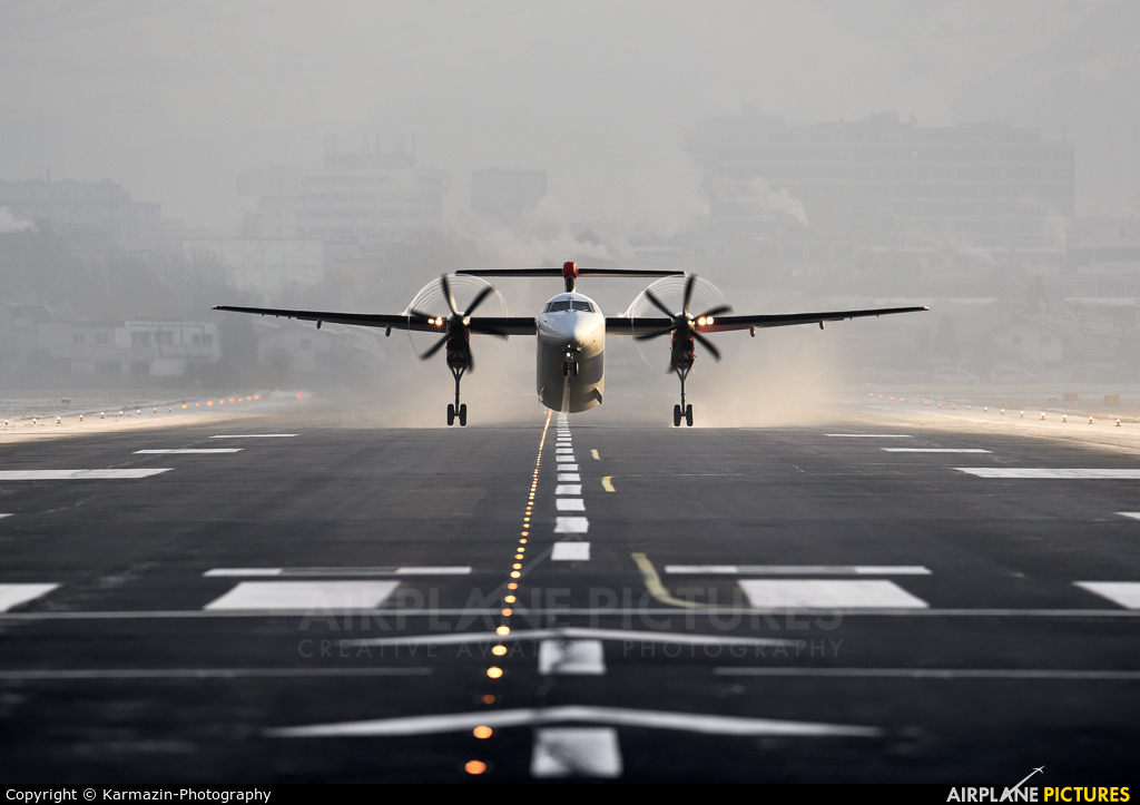 Austrian Airlines/Arrows/Tyrolean OE-LGN aircraft at Innsbruck