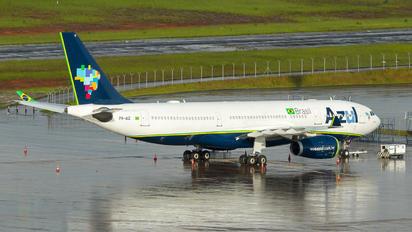 PR-AIZ - Azul Linhas Aéreas Airbus A330-200