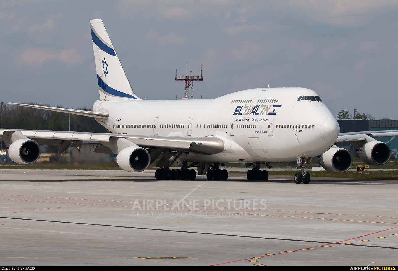 El Al Israel Airlines 4X-ELH aircraft at Katowice - Pyrzowice