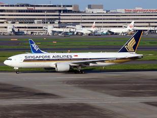 9V-SRQ - Singapore Airlines Boeing 777-200ER